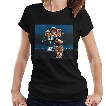 E.T. The Extra-Terrestrial Cast Montage Women's T-Shirt