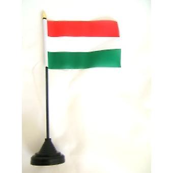 Unkari taulukon lippu kiinni ja pohja