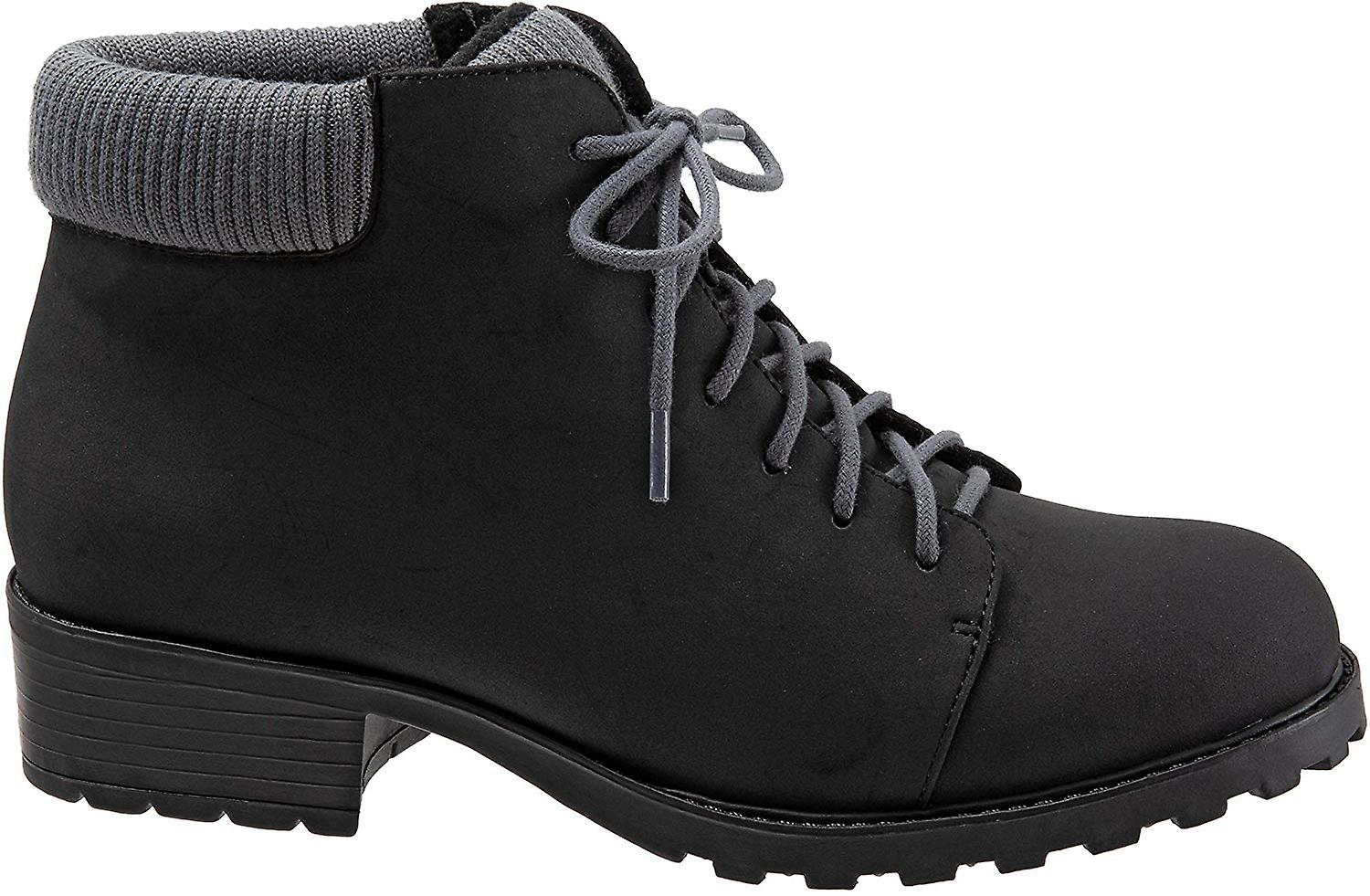 Trotters Women's Becky Low Ankle Boot