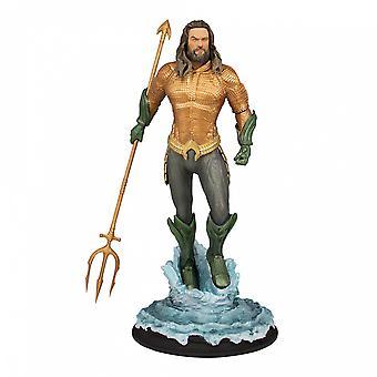 Aquaman Aquaman 01:09 Heykeli