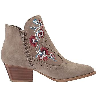 Carlos Womens Vivien Suede Pointed Toe Ankle Boots