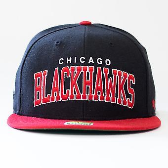 47 Merke Nhl Chicago Blackhawks Spellout Snapback Cap