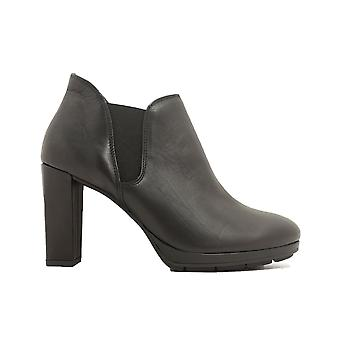 Paul Green 9177-00 Black Leather Womens Heeled Ankle Boots
