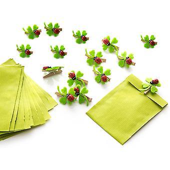 Set aus 14 kleinen grünen Gastgeschenk Tüten Mitgebsel mini-Papiertüten 7 x 9 cm + 14 Holzklammern