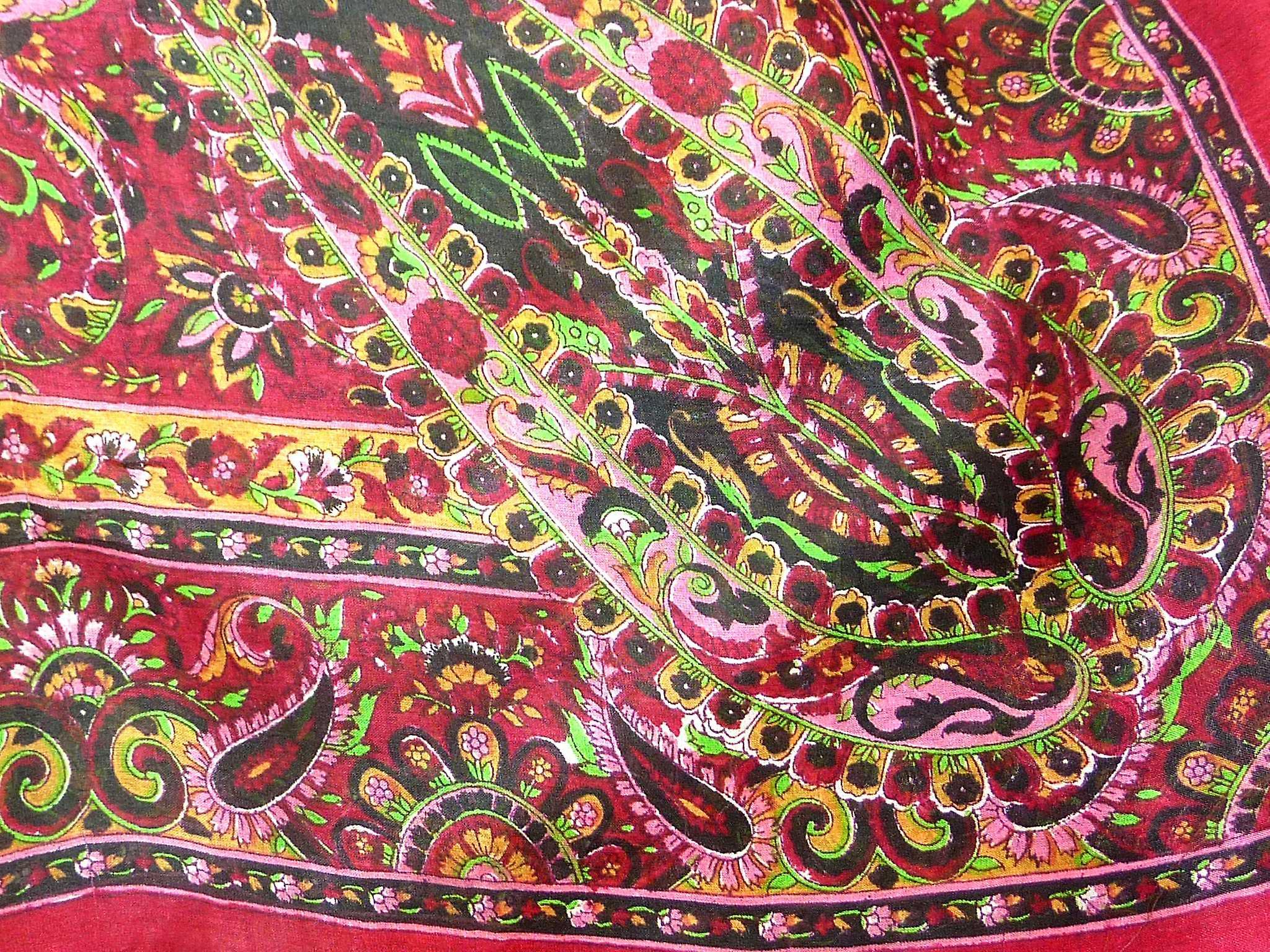 Mulberry Silk Traditional Square Scarf Rashia Wine by Pashmina & Silk