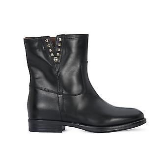 נירו ג'יארדיני 909580100 אוניברסלי כל השנה נעלי נשים