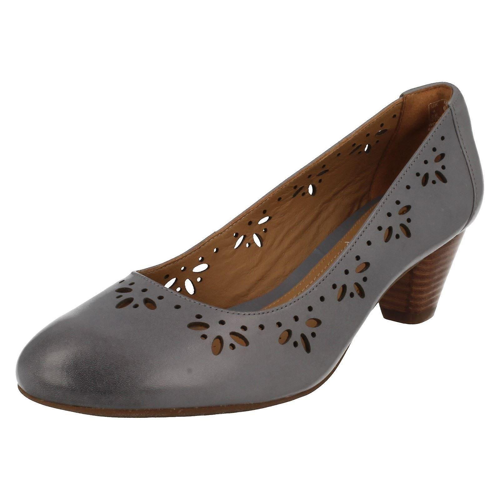 Panie Clarks kwiatowy Laser Cut Out Mid buty pięty sąd Denny Dazzle 7ZpWR