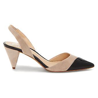 Vince Camuto naisten Corran nahka huomautti toe rento slingback sandaalit