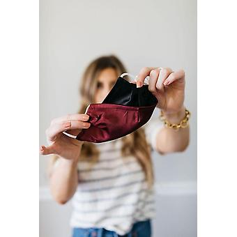 Čierne víno Saténová tvárová maska