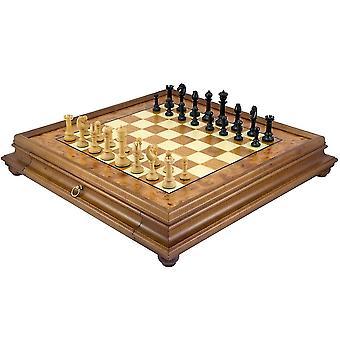 北部の直立黒檀、Rootwood 伝統的なチェス セット