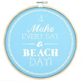 Algo diferente faz cada dia A praia dia decorativo Hoop