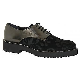 Something For Me Lace Up Brogue Style Shoe B038m