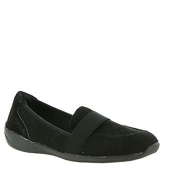 Eazies Womens Jackie Closed Toe Loafers