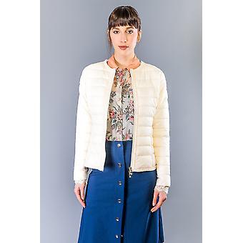 Jaquetas de baunilha e casaco