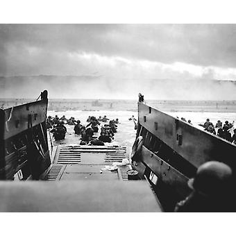 US Troops at Omaha Beach Normandy France D-Day 1944 Poster Print by McMahan Photo Archive (10 x 8)