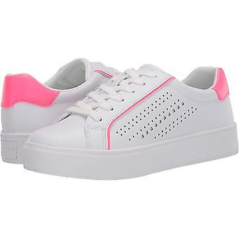 Marc Fisher Naiset'Saria Sneaker