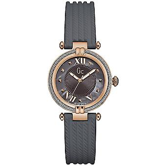 Gc watches cablechic watch for Women Analog Quartz with Silicone Bracelet Y18006L5