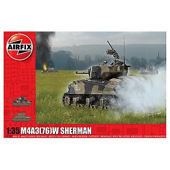 M4A3(76)W 「バルジの戦い」1:35戦車エアフィックスモデルキット