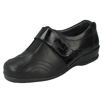 Ladies Sandpiper Flat Shoes Windsor