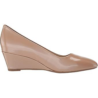 Aerosoles Women's Shoes Inner Circle Leather Closed Toe Classic Pumps