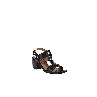White Mountain   Larkin Sandals