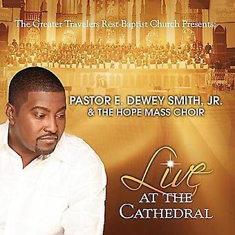 Smith Jr, E Dewey/hoop Mass Choir - Live at de kathedraal [CD] USA import