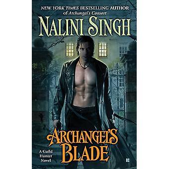 Archangel's Blade by Nalini Singh - 9780425243916 Book