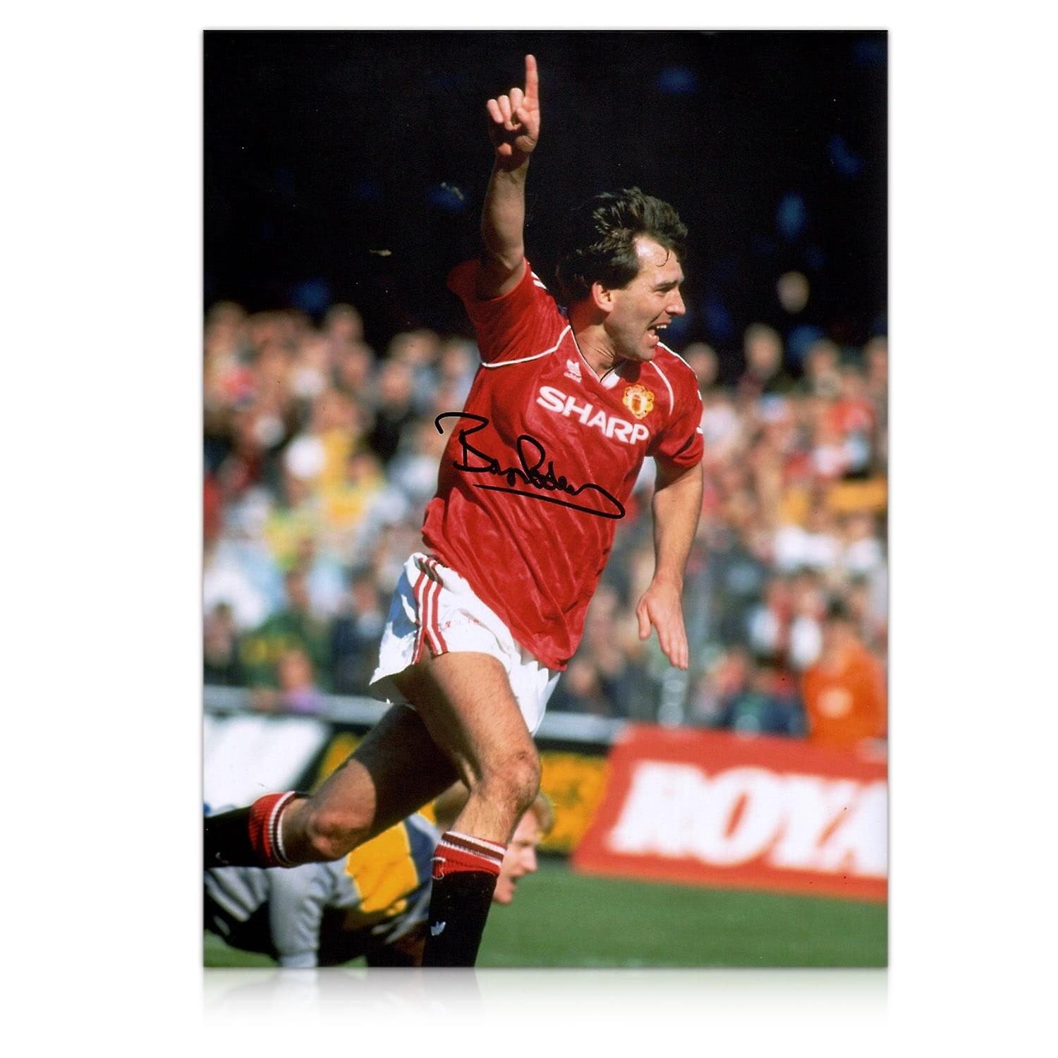 Bryan Robson Signed Manchester United Photo: Goal Celebration In Gift Box