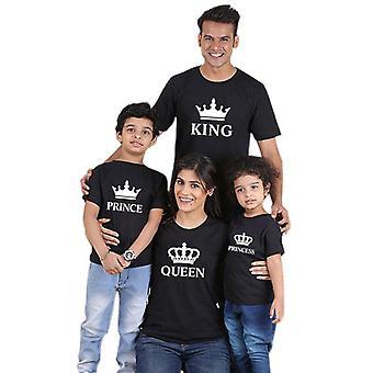 Perhevaatteet, Asut Look Father Mother Crown T-paita