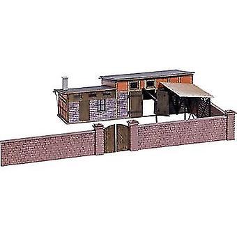 Busch 1531 H0 bakgård byggnad (Schlachterei)