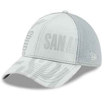 New Era 39Thirty Cap - NBA TIP OFF San Antonio Spurs grau