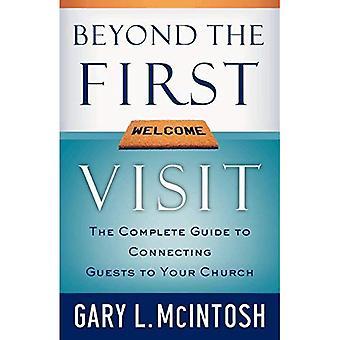 Bortom det första besöket: den kompletta guiden till att ansluta gäster till din kyrka