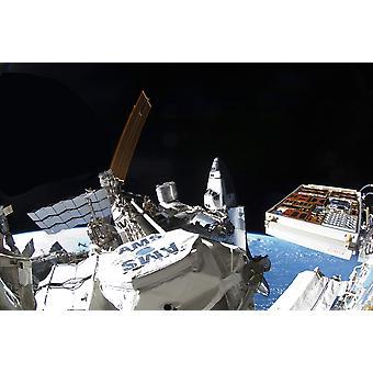 Avaruussukkula Atlantis telakoituna kansainvälisen avaruusaseman Juliste Tulosta
