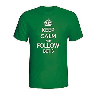 Сохранять спокойствие и следуйте реальным Betis футболку (зеленый)
