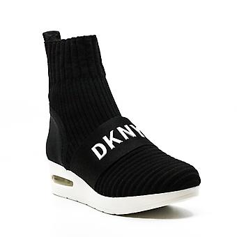DKNY | Anna Wedge Stickade Sneakers