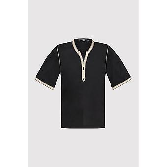 Camiseta de ajuste de contraste de manga recortada en negro (2-12 y3años)