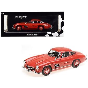 1955 Mercedes Benz 300 SL Red Limited Edition à 300 pièces Dans le monde 1/18 Diecast Model Car par Minichamps