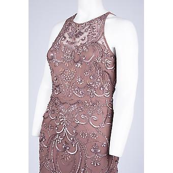Ärmlös pärlstav klänning