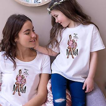 Uudet perhevaatteet, t-paita äidille ja tyttärelle
