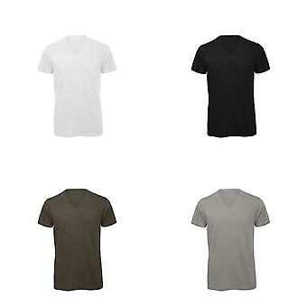 B&C Mens Favourite Organic Cotton Short Sleeve V-Neck T-Shirt