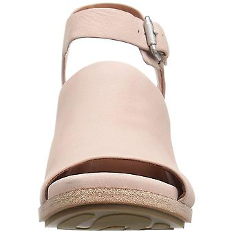 Gentle Souls by Kenneth Cole Women's Gerry Wedge Sandal