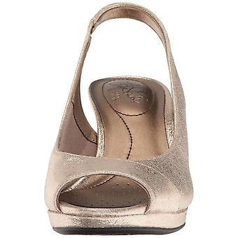 LifeStride Womens Invest Fabric Peep Toe Casual Strappy Sandals
