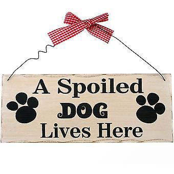 Et bortskjemt hundehengingsskilt