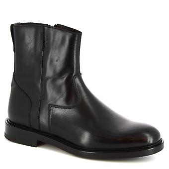 Leonardo Shoes Women's handmade ankle boots in black calf leather zip closure