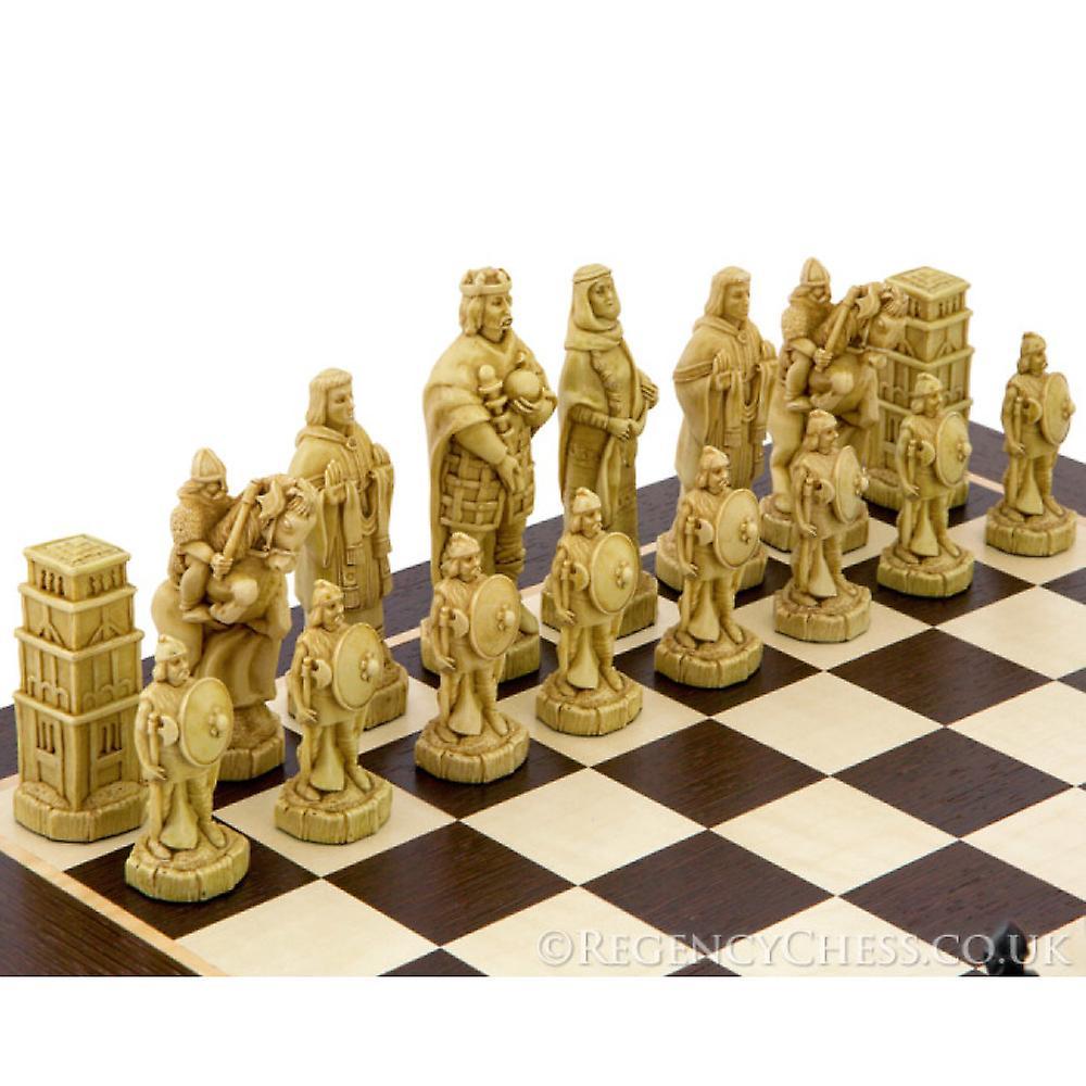 Battle of Hastings Wenge Chess Set