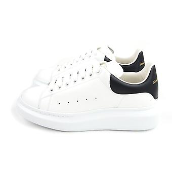 Alexander McQueen Exaggerated-sole Leather Sneakers 9061 White/black Heel