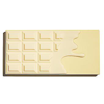 Make-up revolutie in hart chocolade-wit (naakte) chocolade
