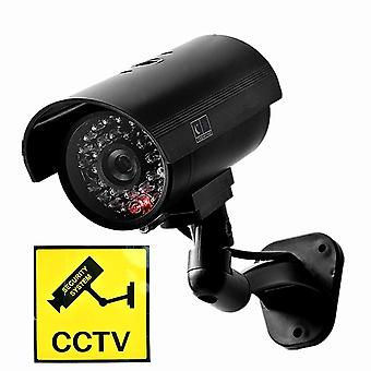 Väärennetty nukkekameran turvakamera cctv vedenpitävä emulointi videovalvonta