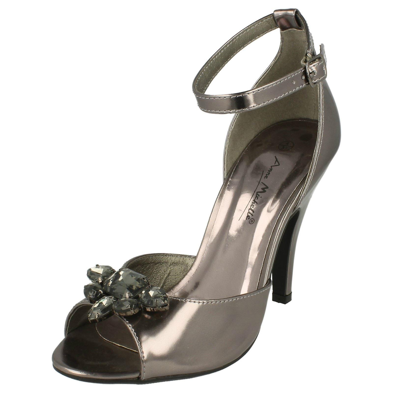 Panie Anne Michelle Heeled sandały klejnotami L3418 lp8mN