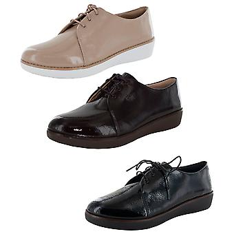 Fitflop Mujer Derby Crinkle Patente Encaje Hasta Zapatos